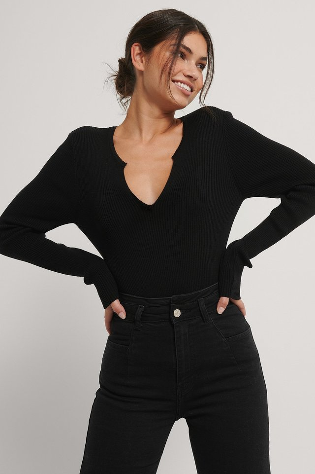 Black V Detail Light Rib Knitted Sweater