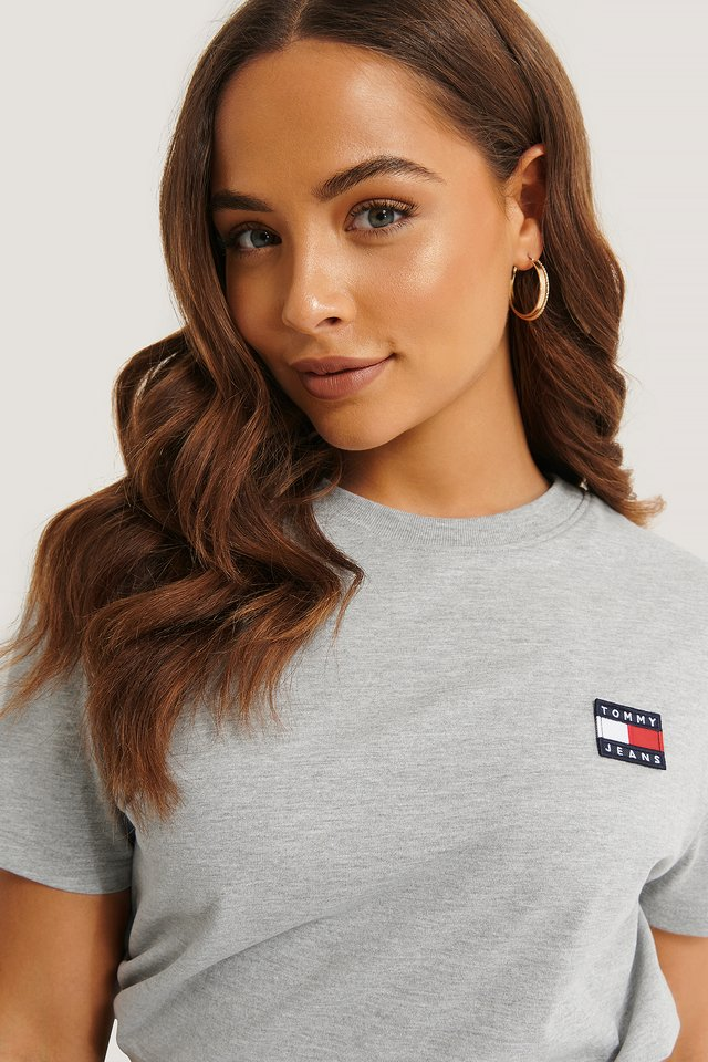 Tommy Jeans Badge Tee Grey