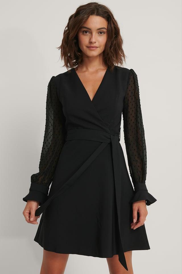 Black Sukienka Z Ozdobnymi Rękawami