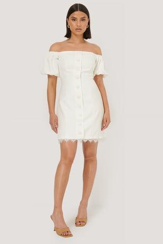 White Miniklänning Med Knappdetaljer