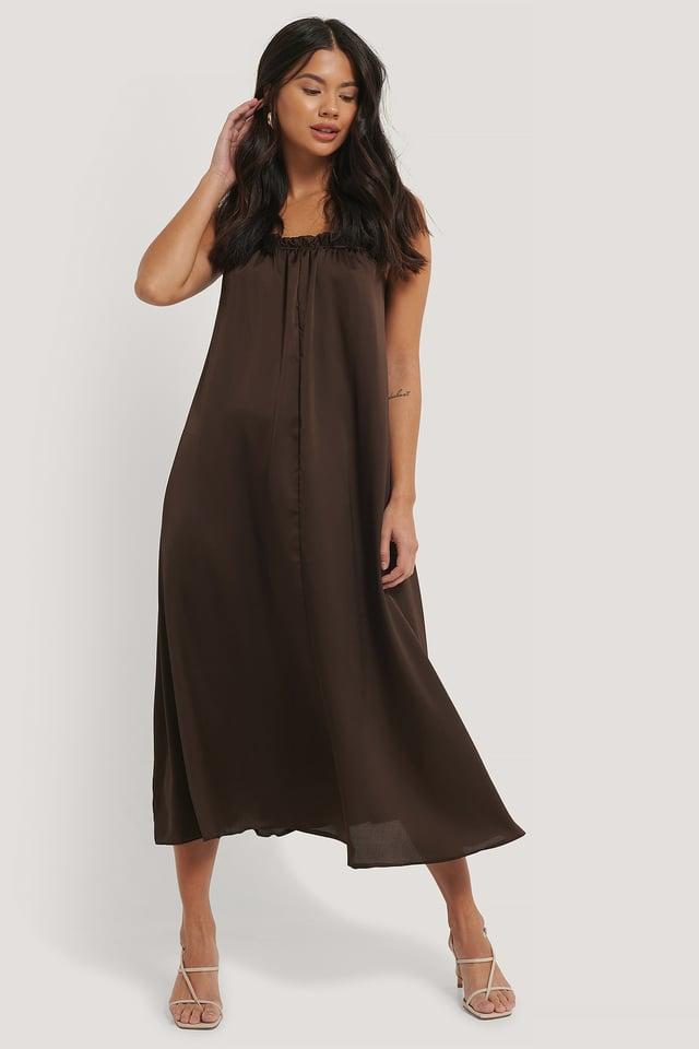 Collar Detailed Dress Brown