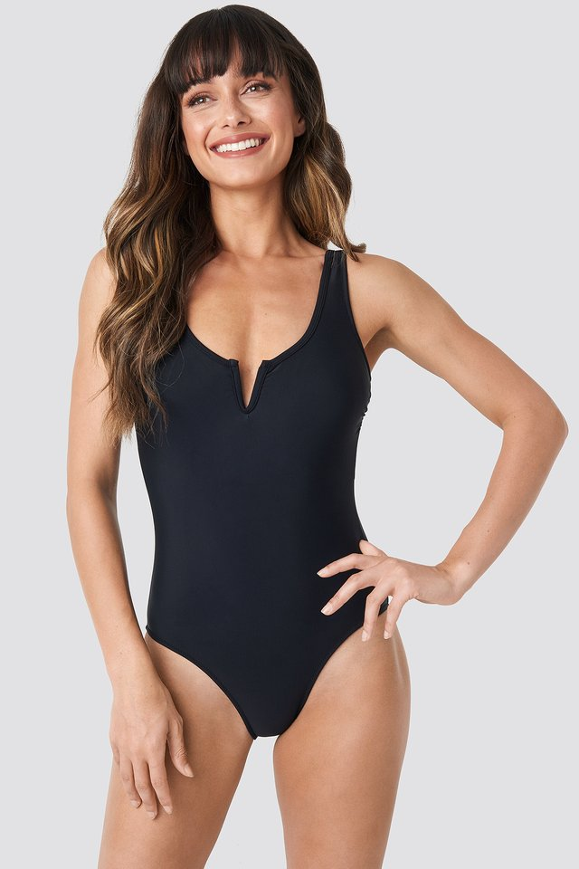 Collar V Detailed Swimsuit Black