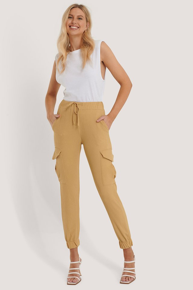 Gathered Pocket Detail Trousers Camel