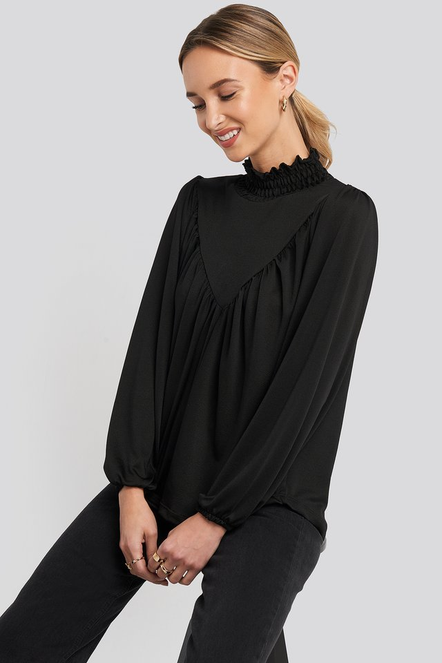 Guipure Knitted Blouse Black