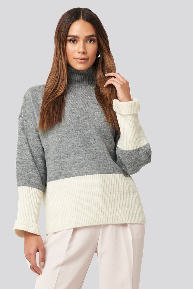 High Neck Knitted Sweater Gray