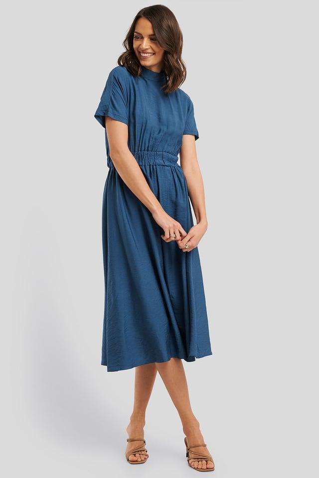 Sukienka Midi Zakrywająca Szyję Indigo