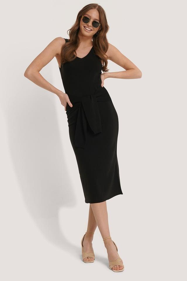 Black Gestricktes Midi-Kleid