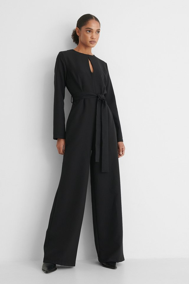 Black Jumpsuit Med Bälte