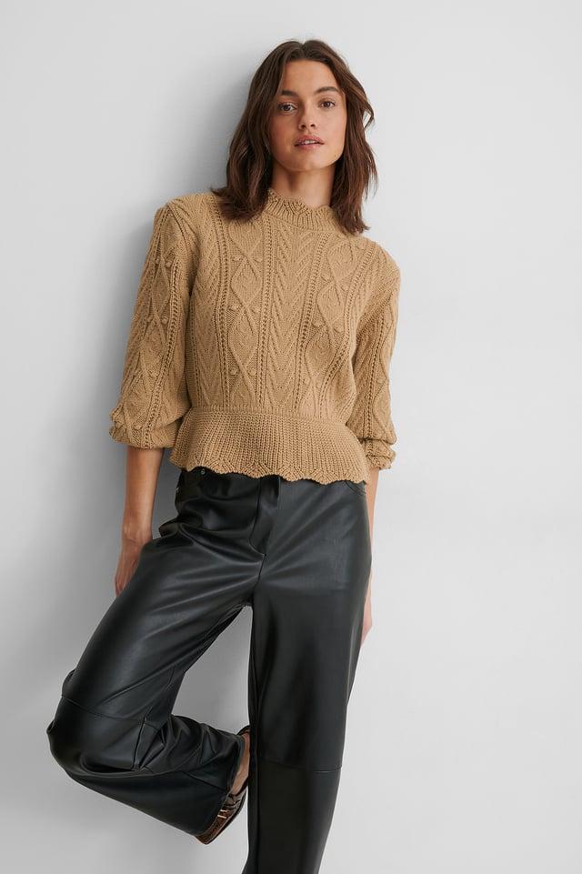 Sweter Z Dzianiny Camel
