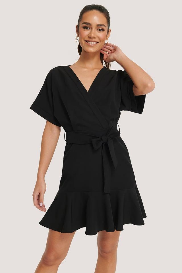 Sukienka Z Falbankami Black