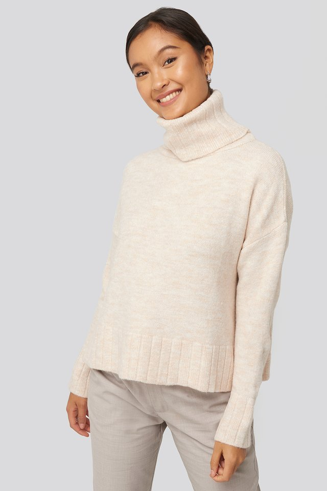 Turtleneck Knitted Sweater Ecru